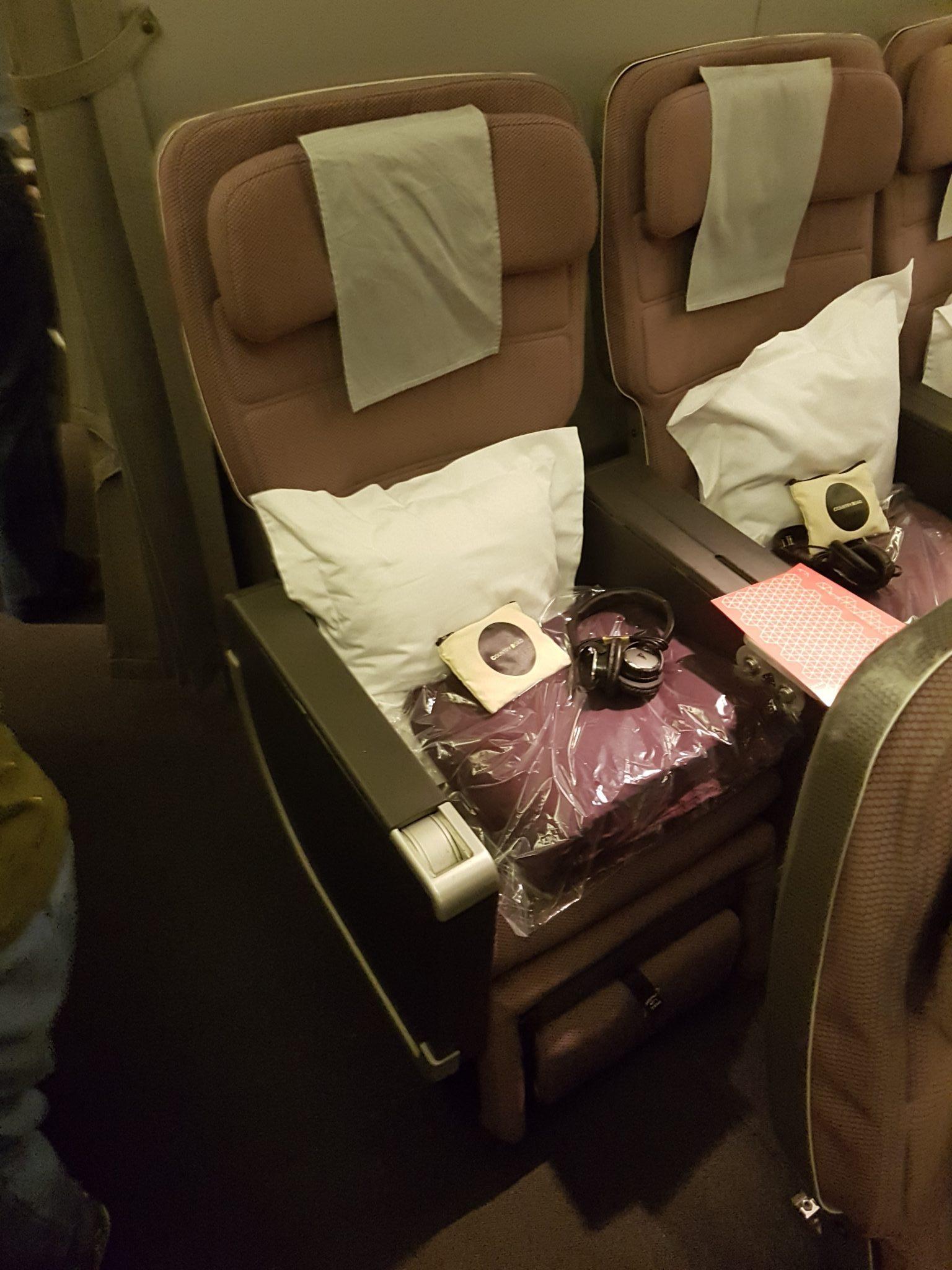 Qantas Premium Economy Review - JNB-SYD - Boeing 747-400